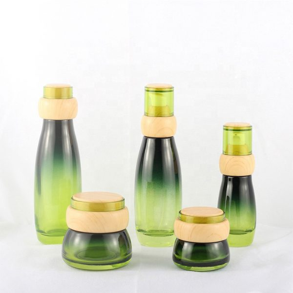 Fashionable 30G 50G Green Whole Set Cosmetics Packaging Bottle