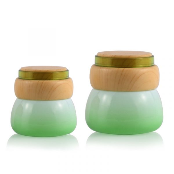 Fashionable Fancy 50Ml Green Cosmetic Glass Cream Jar With Wood Grain Cover